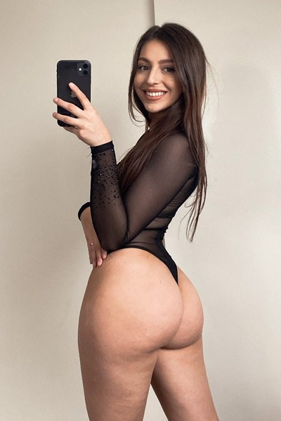 Babe of the Day - Brataliie